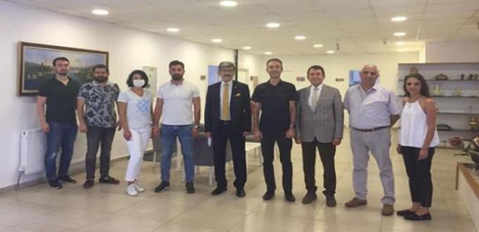 Eskişehir Eczacı Odası Başkanı Metin KAMIŞ'a ziyaretler devam ediyor.