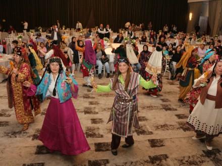 Lösemili çocuklar ve aileleri Odunpazarı'nın desteğiyle iftarda bir araya geldi