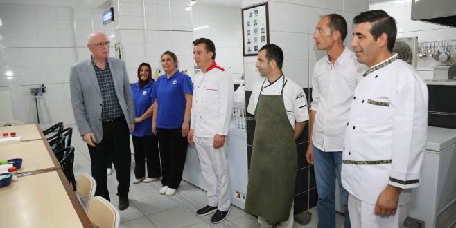 Odunpazarı Belediyesi Aşevi 180 bin kişiye iftar yemeği hazırladı
